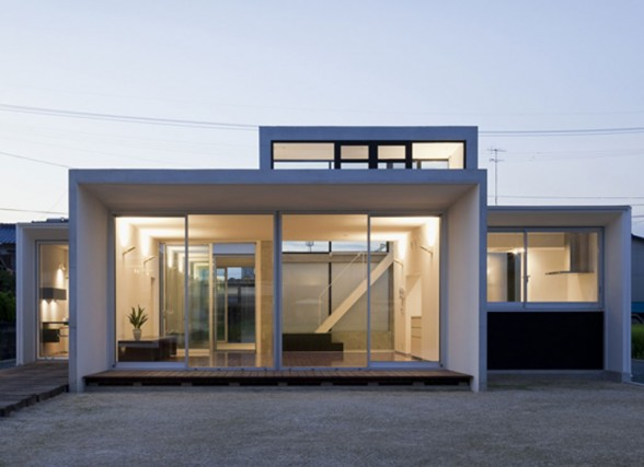 Modern Minimalist House Design by Japanese Architect Kazujuki ...