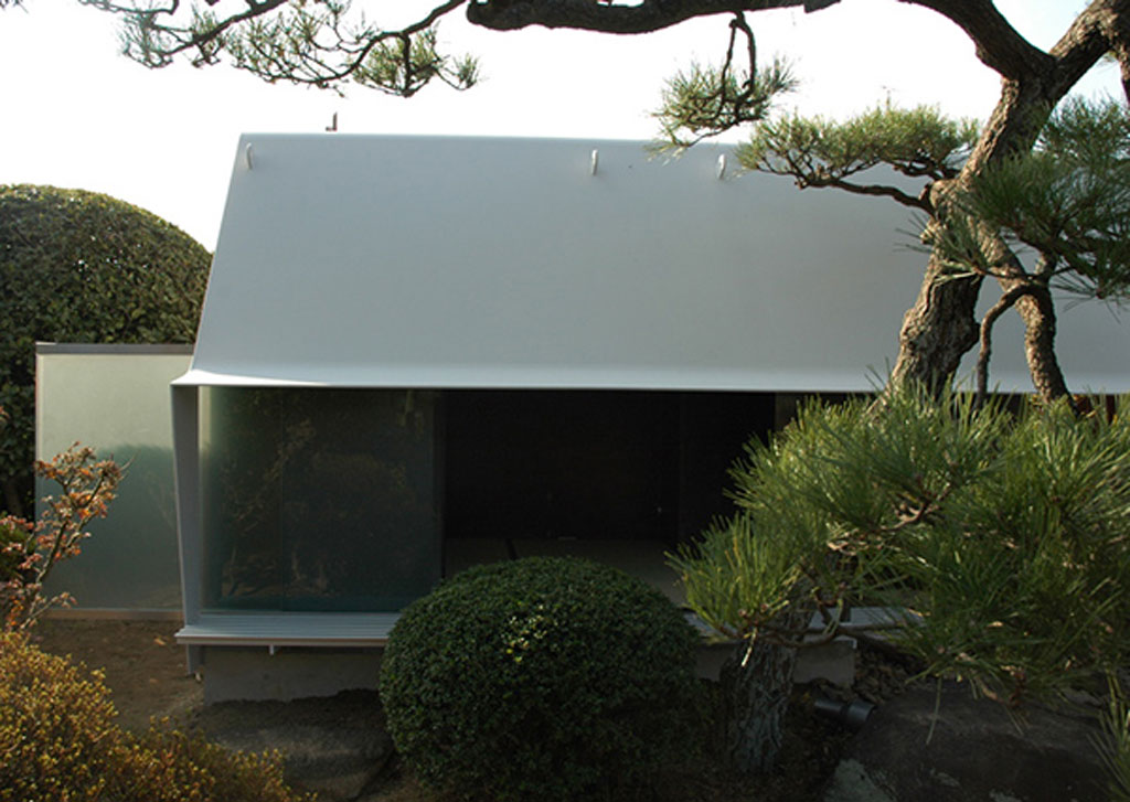 modern japanese tea house