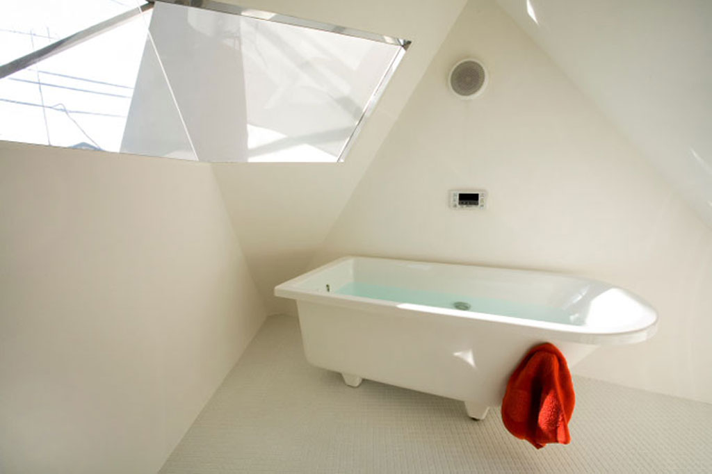small japanese houses bathroom interiors
