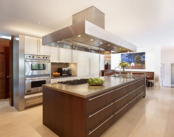 10,000 Square Feet Residence by Rockefeller Partners Architect - Kitchen