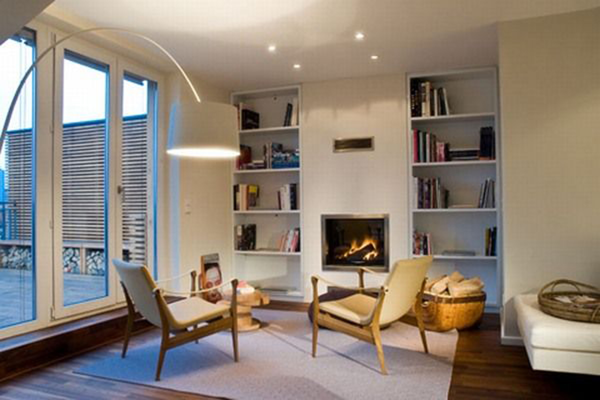 Contemporary and Elegant Design Rooftop Apartment - Reading Room