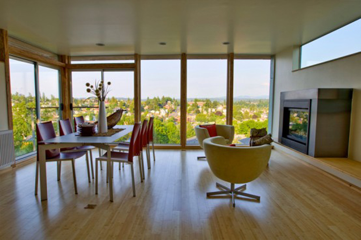 Green Eco-Friendly House Design - Dinning Room » Viahouse.