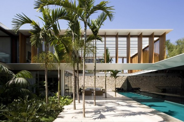 JH House, Resort Looking House Design in Brazil