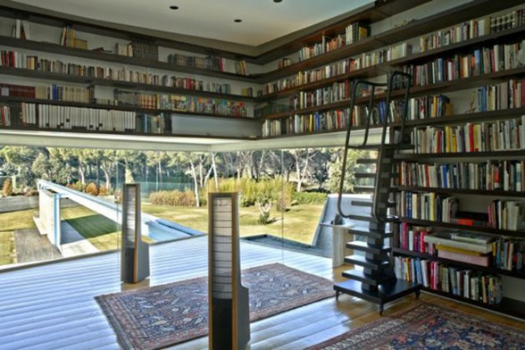 Luxury House Design by Spanish Architect - Library