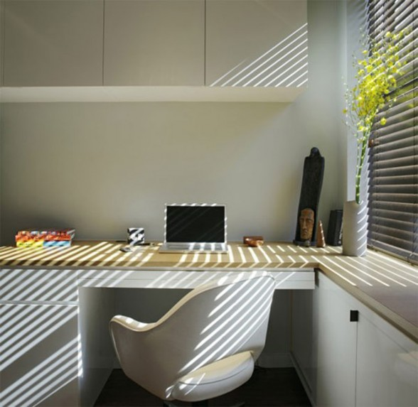 Maximized Space Apartment Design - Working Desk