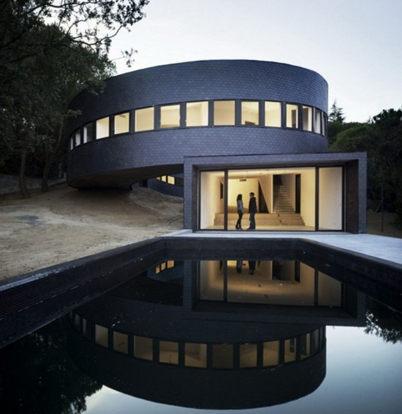 Amazing 360 degree House Ideas, The Subarquitectura