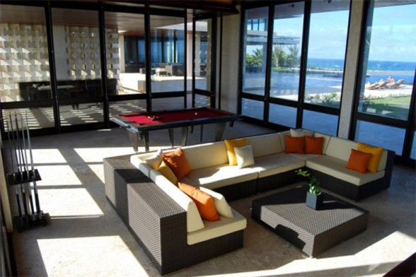 Casa Kimball, A Luxurious Beach House with Atlantic Ocean Panorama - Livingroom