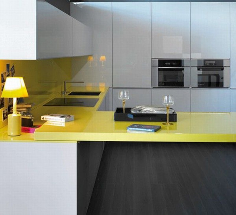 Cheerful Interior Design In Yellow Themes