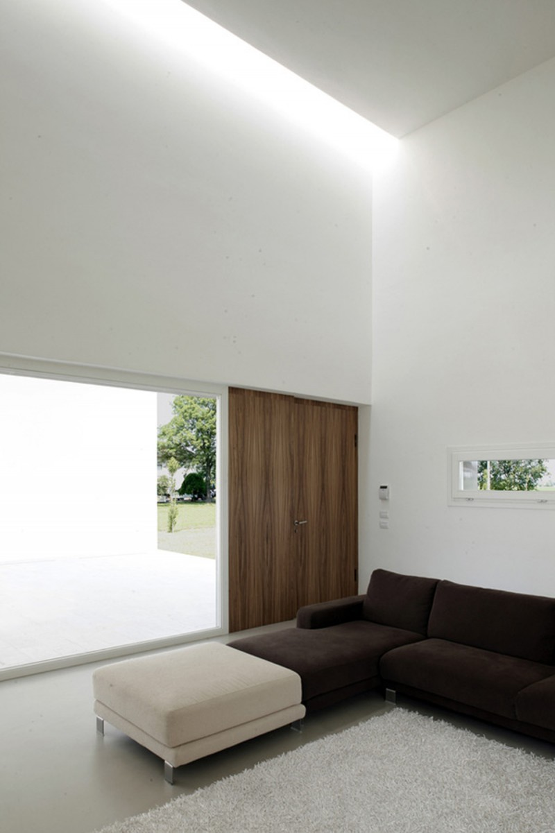 Italian Modern And Minimalist House Design From Andrea Oliva   Livingroom