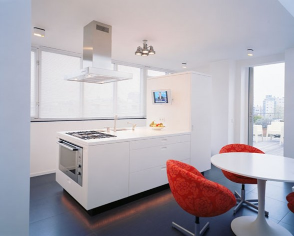 Rooftop Apartment with Modern Interiors - Kitchen