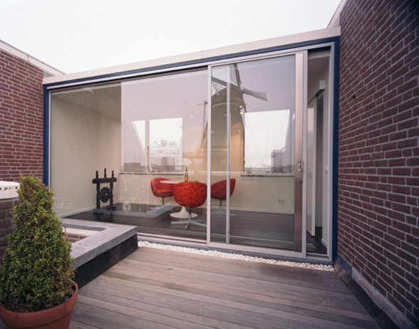 Rooftop Apartment with Modern Interiors - Terrace