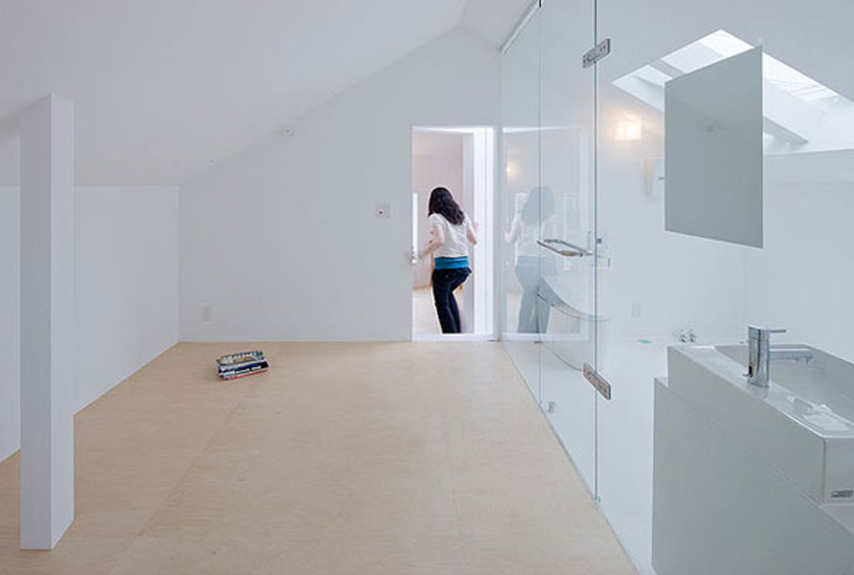 Simple and Minimalist Apartment Plans in Tokyo - Bathroom