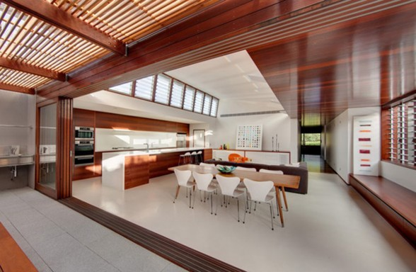 Wood Interiors and Exterior in Warmth Home Architecture - Dining Room
