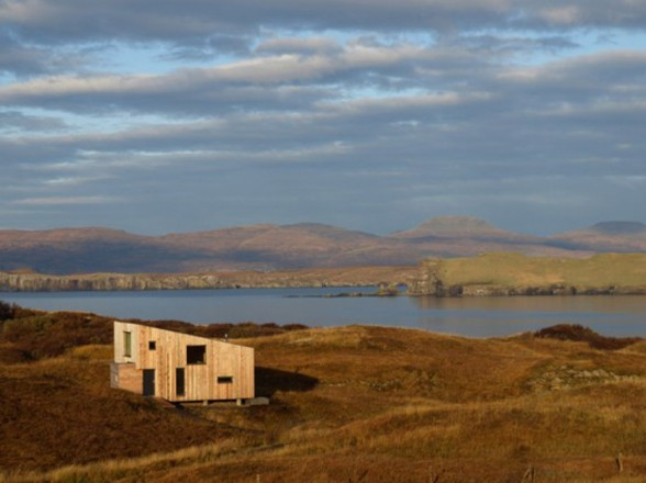 Fiscavaig Holiday House, Scottish Small House Design - Landscape