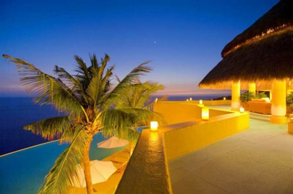 Great Villa Design in Mexico Beach, Most Beautiful Villa Architecture - Balcony