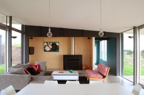 Holiday House Design with Modular Architecture from Parsonson Architect - Living room