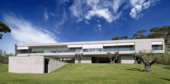 Solid House Architecture, Awesome Home for Holiday in Spain