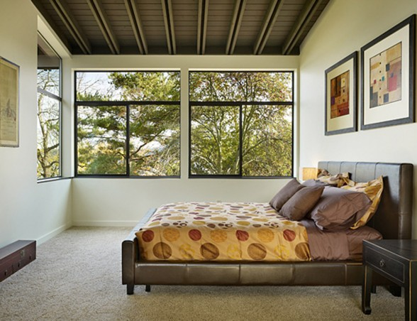 Two Storey Glass House Architecture in Modern Design for Family Living Space - Bedroom