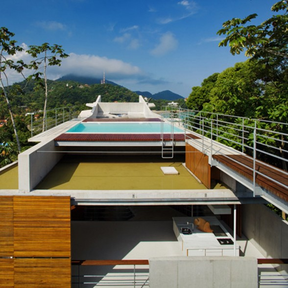 Ubatuba, Slope House in Beach of Tenorio - Pool on the Roof
