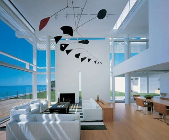 Beautiful White Residence in California Beach by Richard Meier and Michael Palladino - Living Room
