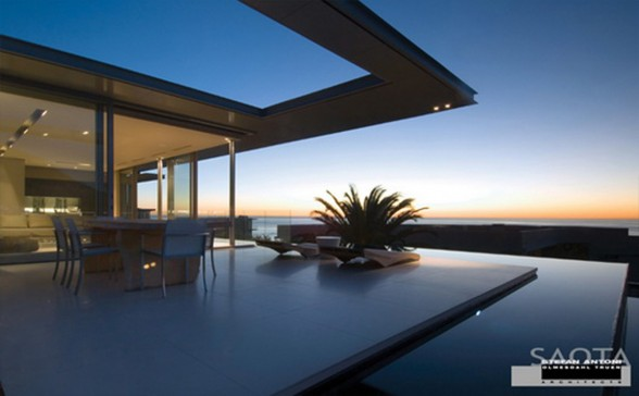 First Crescent House, Magnificent Architecture from Saota - Terrace