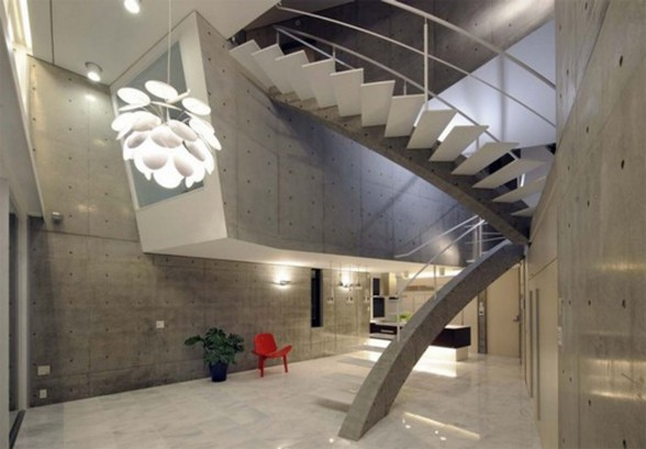 Hills House in Kyoto, Wonderful Space Configuration Architecture - Staircase