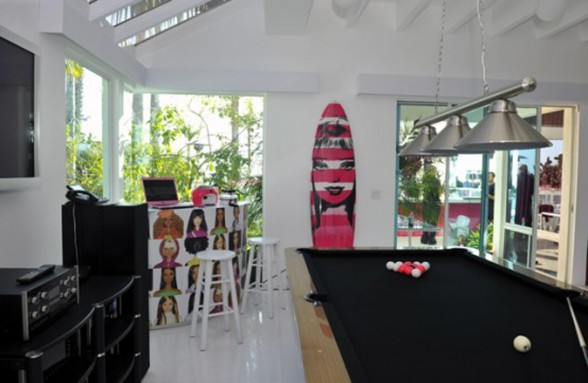 Malibu Dream House, Cute Barbie Themes Home Design - Bilyard Pool