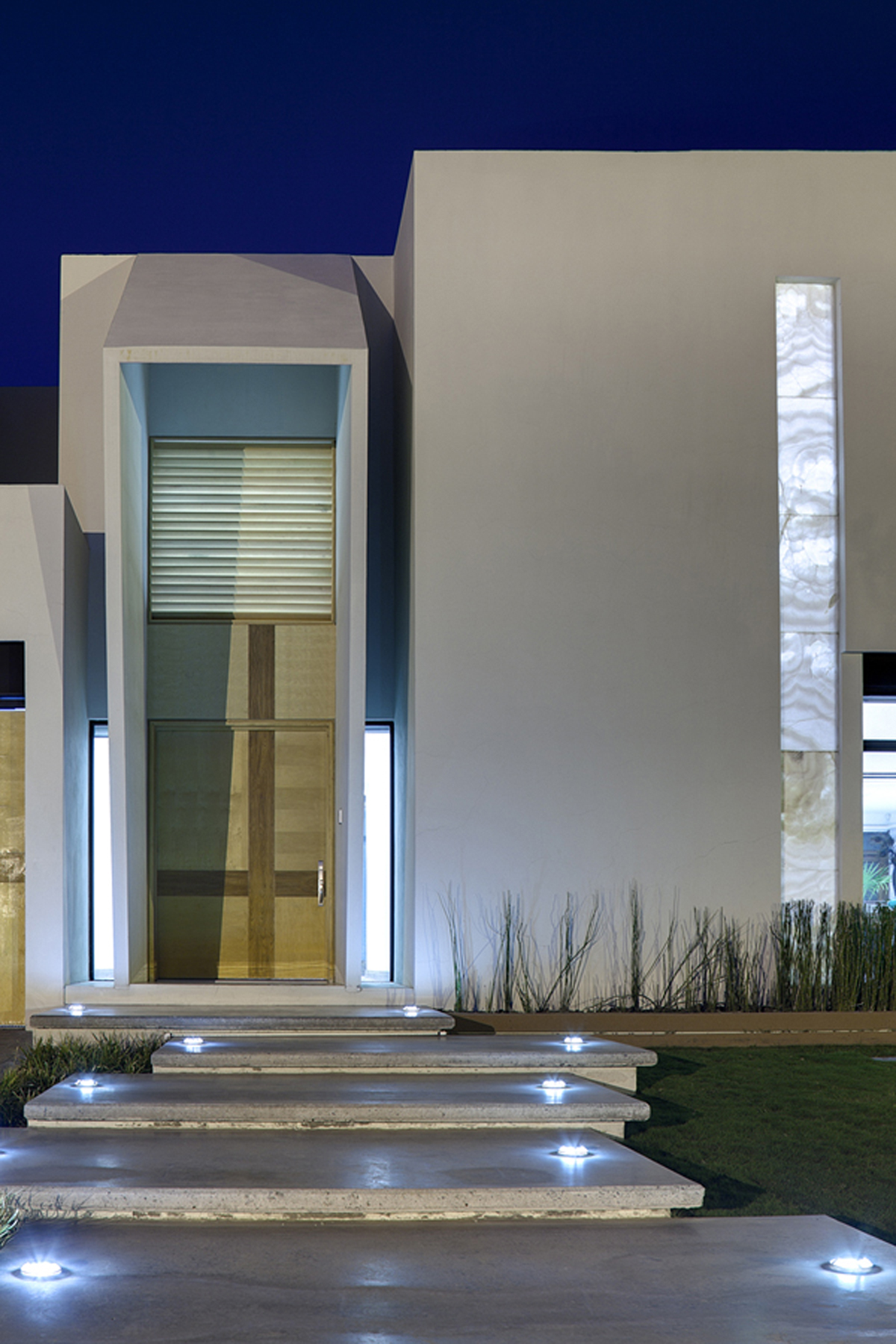 marvelous sculpture house design in juarez mexico by