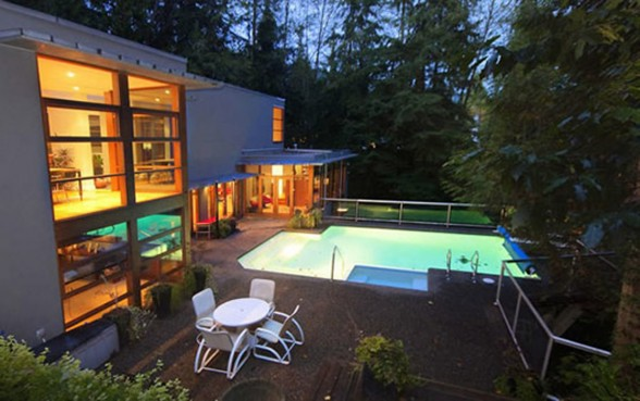 Twilight New Moon Mansion, Wonderful House for Sale - Pool