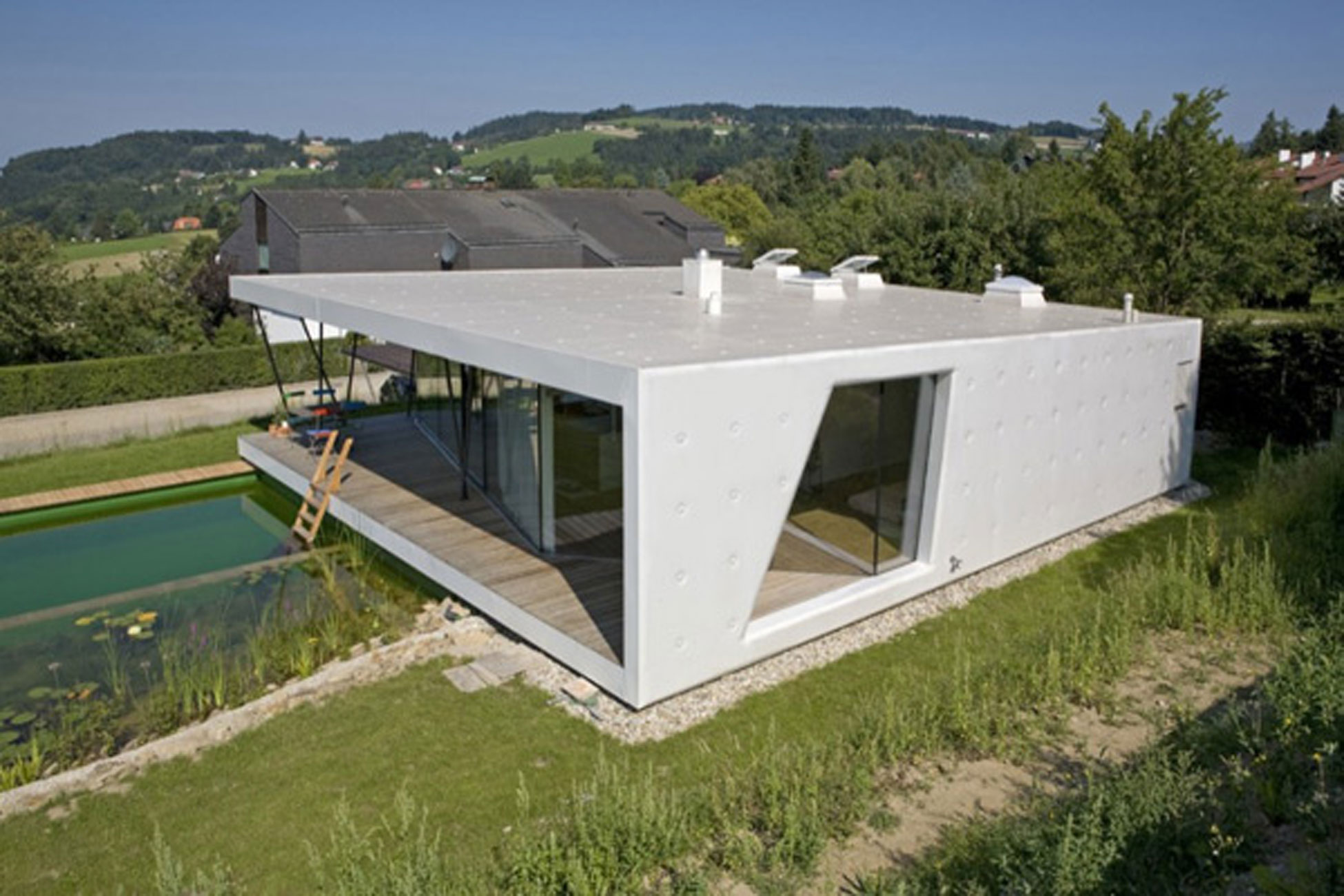 Awesome Design Of House M Deluxe Glass House Architecture