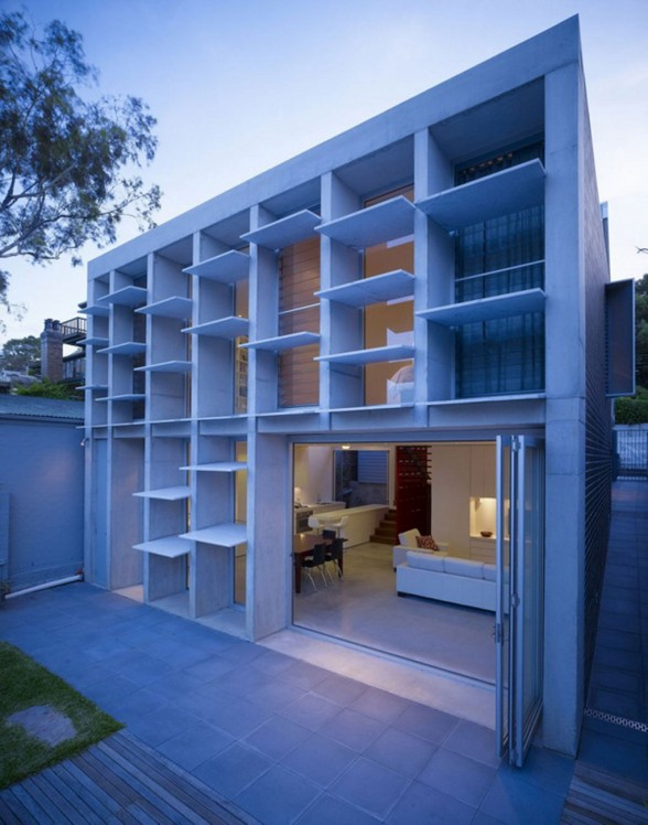 Boxes Concrete Façade, Unusual House Design in Sydney