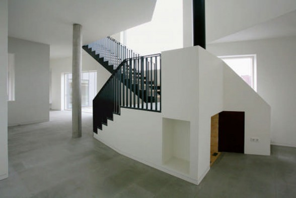 Brick House Architecture with Two Faces in Netherlands - Staircase