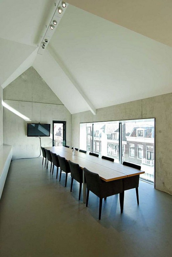 Interesting House Design from Bakers Architecten in Netherland - Meeting Room