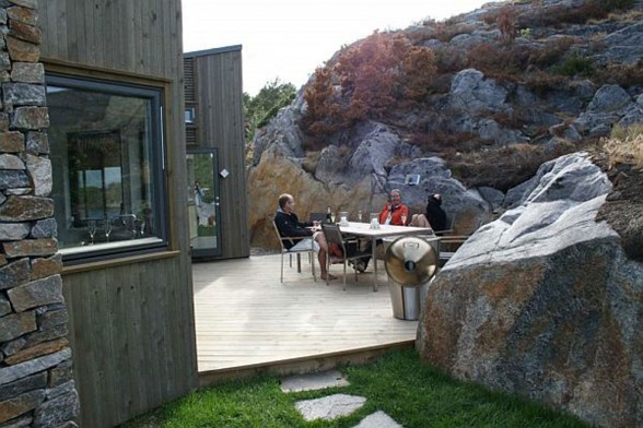 Lakeview Cottage, Small and Beautiful House Design in Norway - Outdoor Dining Table