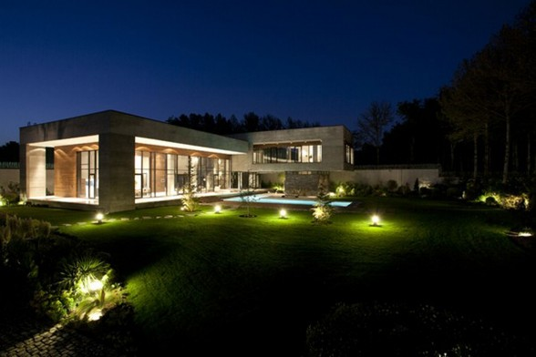 Luxurious Villa Architecture in Iran - Garden
