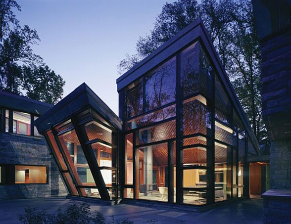 Modern Glass House Design from David Jameson Architect