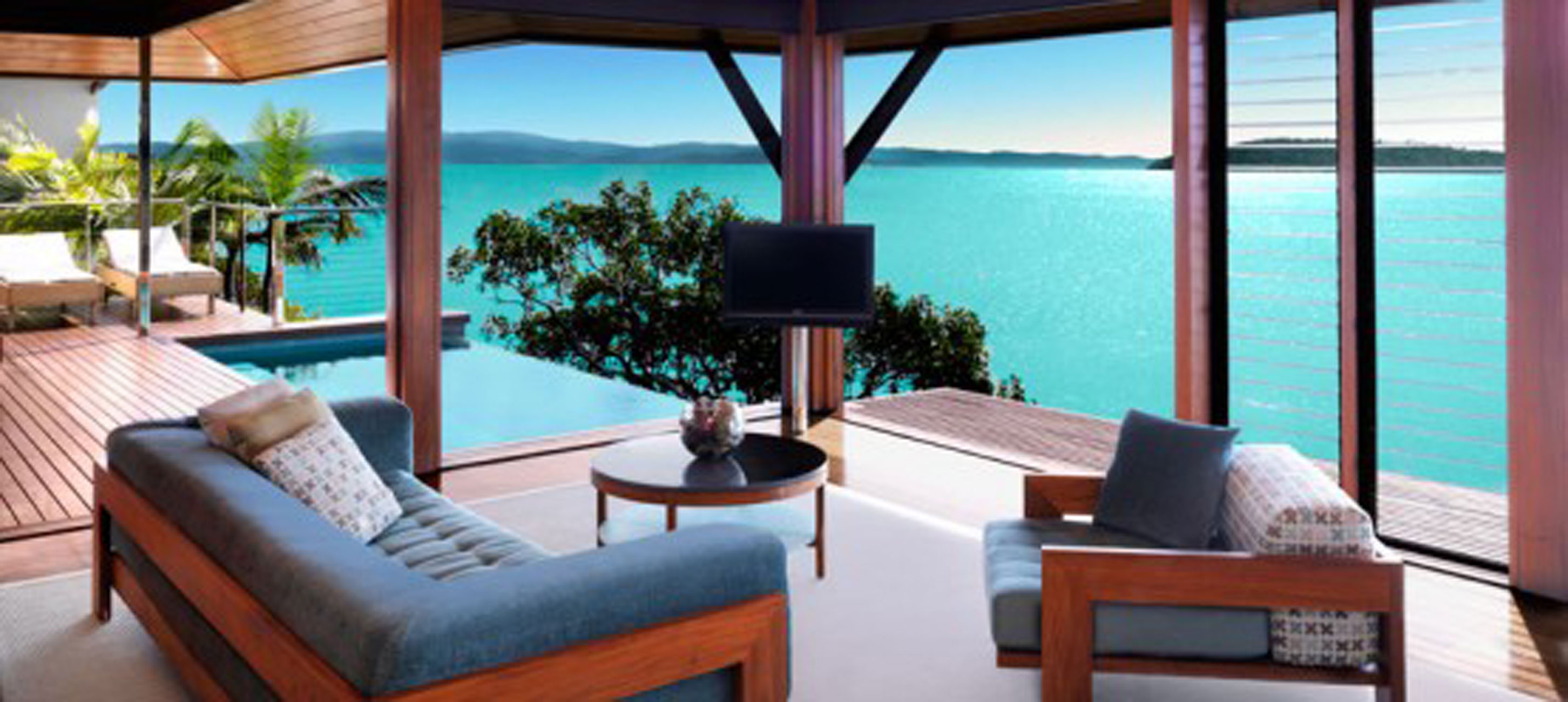 Qualia luxury villa in great barrier reef australia for Balcony barrier