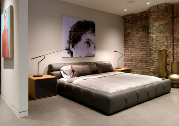 Remodeled 1921 Warehouse into Great Bachelor Apartment in Canada - Bedroom