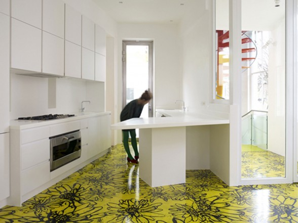 The Rainbow House, Artistic and Fun Collaboration in A House - Kitchen