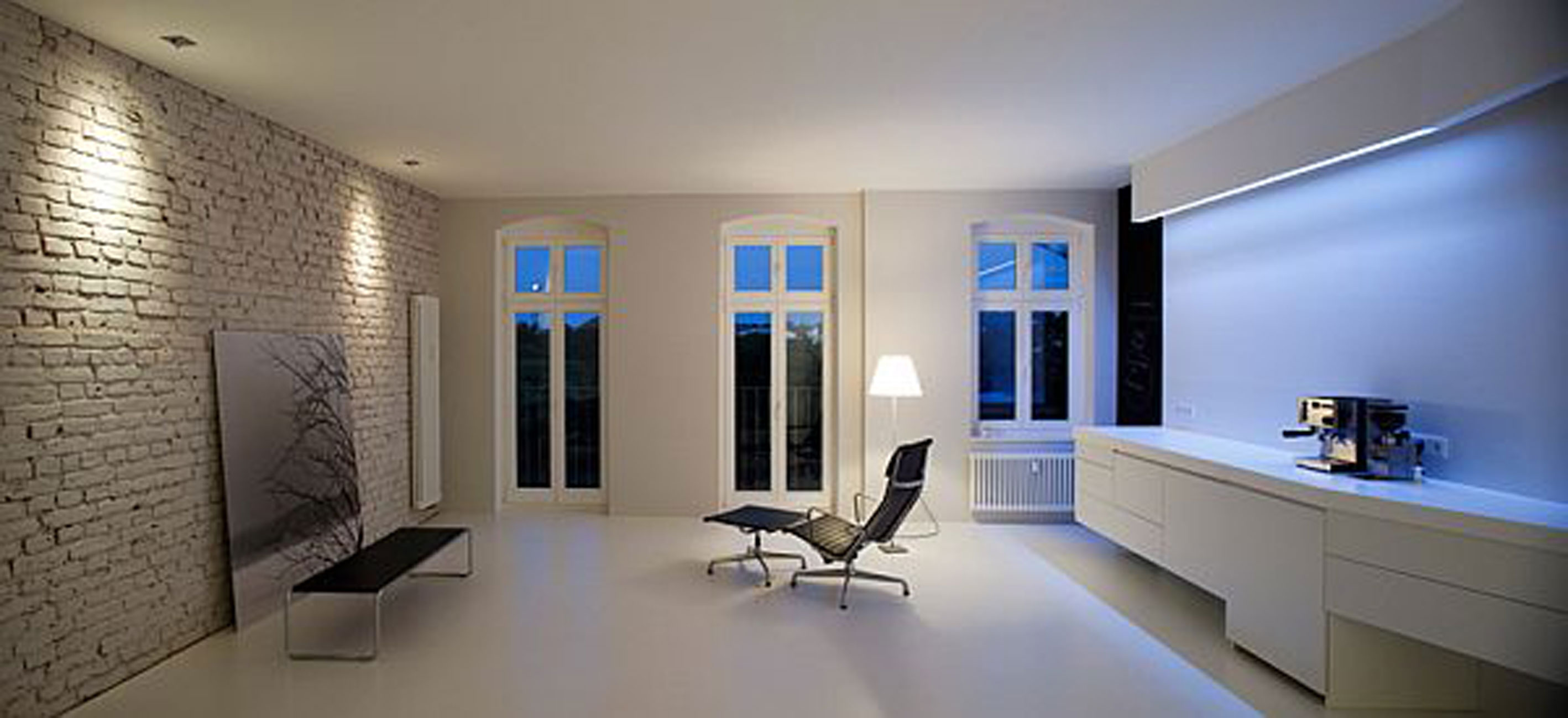 White Apartment Design, Spacious Living Space Ideas - working Room ...