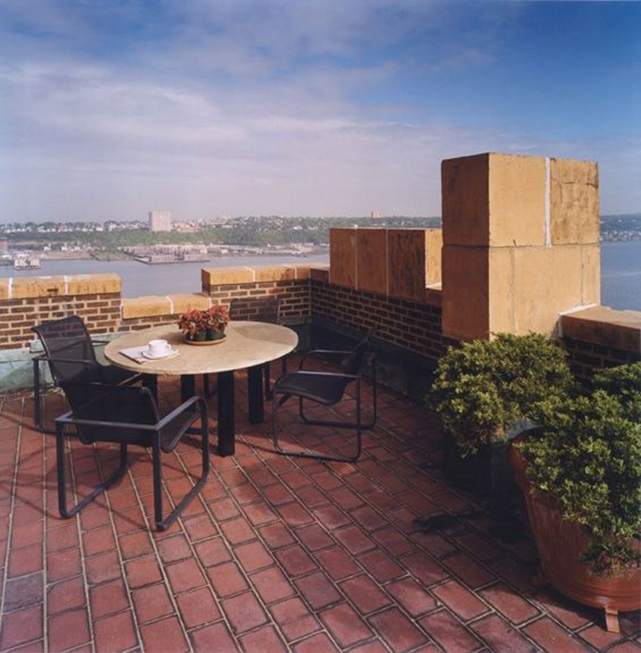 Apartment for Bachelor, Modern Penthouse with Incredible Views - Rooftop View