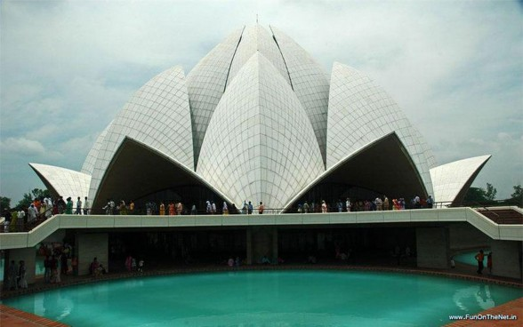 Astounding Temple Building in India, the Lotus Temple - Pond