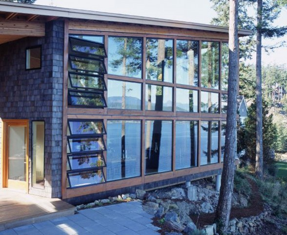Canadian Lake House Design, Best Retreat Location - Glass Walls