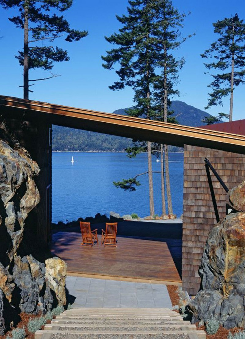 Canadian Lake House Design, Best Retreat Location   Panoramic Views