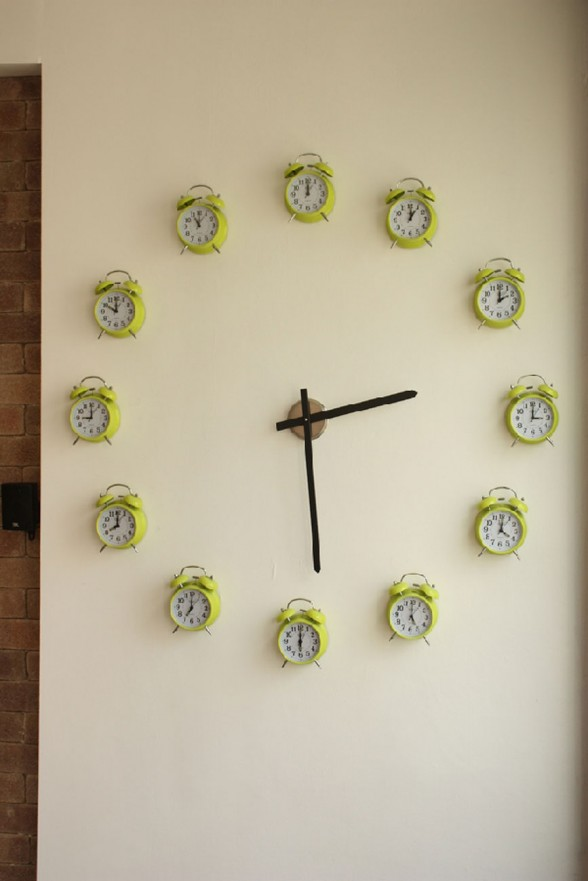 Comfortable Modern Apartment Inspiration from Tel Aviv  - Wall Clock