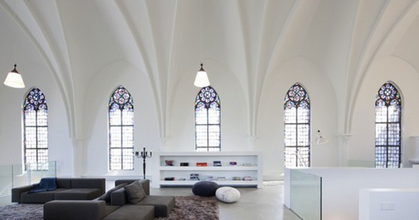 Gothic Church Turned into White Contemporary Home in 2009 - Book Rack