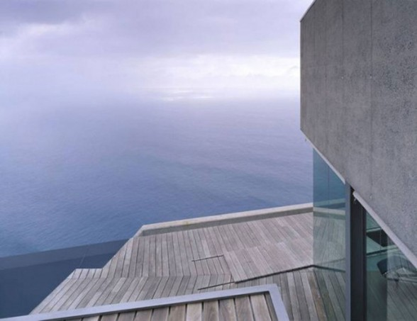 La Casa Jardín del Sol, Modern Glass House Design with Concrete Architecture in Tenerife - Wooden Deck