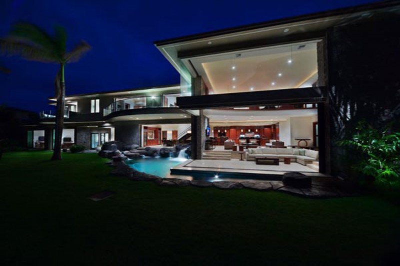 Luxurious Villa Design In Hawaii With Great Landscapes
