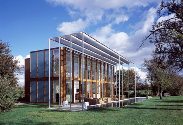 Modern Glass House Design from a Farmhose in UK