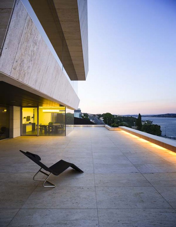 Modern Glass House Design in Cliff Side of Galicia Spain - Terrace